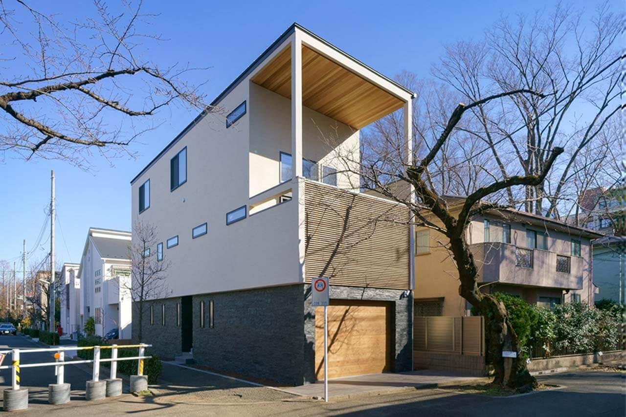 吉祥寺の家|趣味を満喫できる、こだわりが詰まったビルトインガレージ